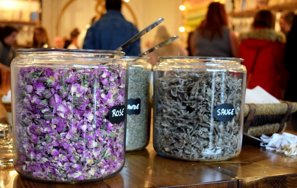 ruedelindustrie_fleurs_bigarade