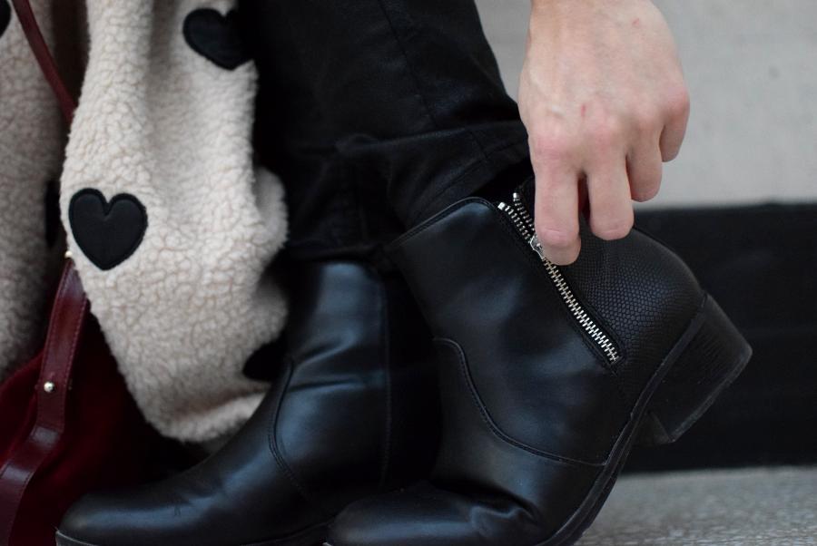 ruedelindustrie_coeur_look_chaussures