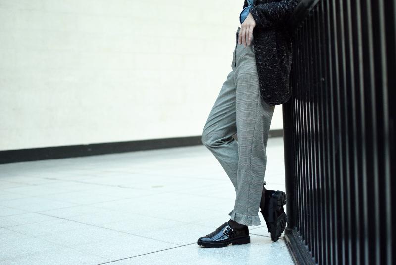 ruedelindustrie_pantalon gris_chemise_jean_ensemble4