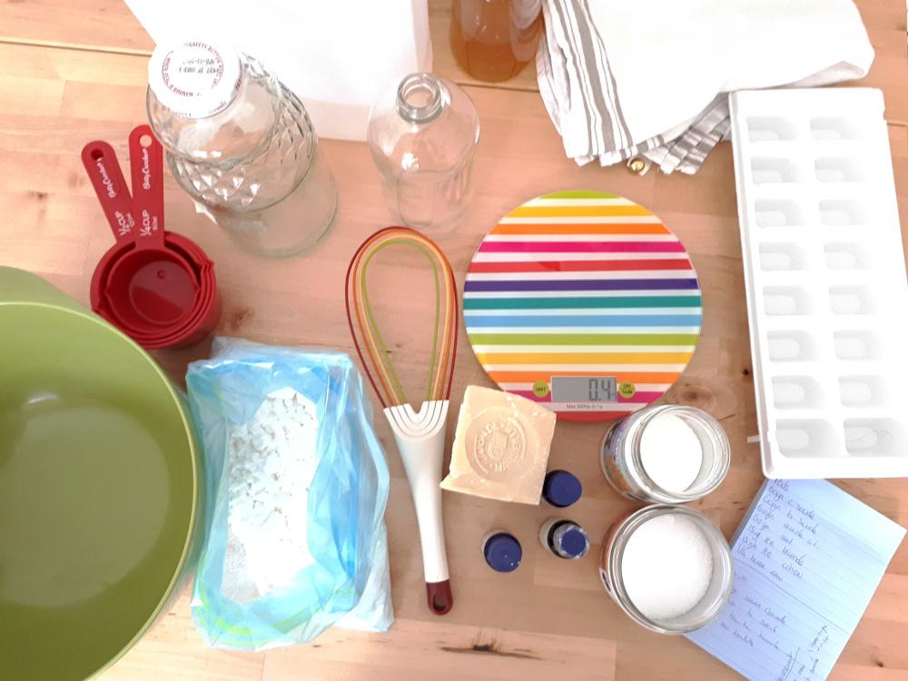 produits entretien maison trendy nos produits pour lentretien et le nettoyage de votre maison. Black Bedroom Furniture Sets. Home Design Ideas